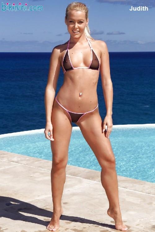 Judith-Rakers-Bikini-10.jpg